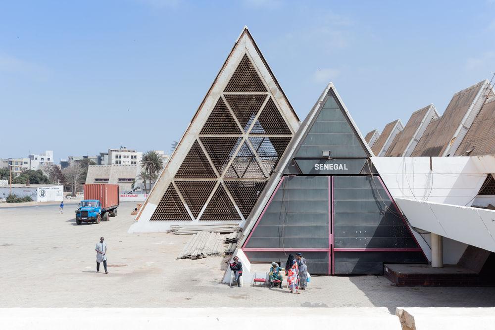 04_Architecture_Independence I FIDAK - Foire Internationale de Dakar, Dakar (Sene- gal), von/by Jean Francois Lamoureux & Jean-Louis Marin, 1974, Foto/photo: © Iwan Baan