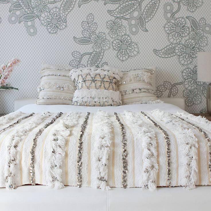 handira l 39 toffe nuptiale du maroc moonmag african creatives lifestyle. Black Bedroom Furniture Sets. Home Design Ideas