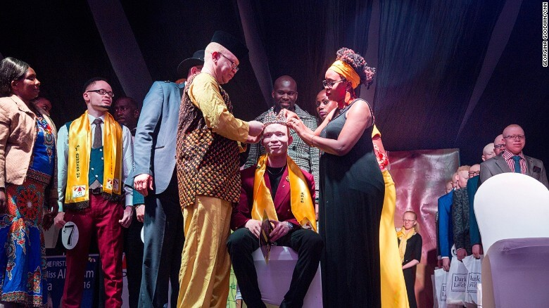 Jairus Ong'etta was crowned Mr Albinism at the first Beuaty Pageant for Albinos held in Kenya. image via CNN.