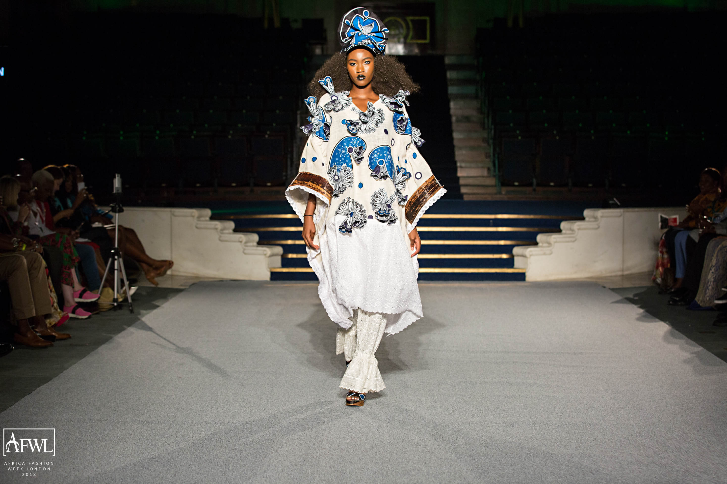 Big Hair Big Crowns And Spectacular Designs At Africa
